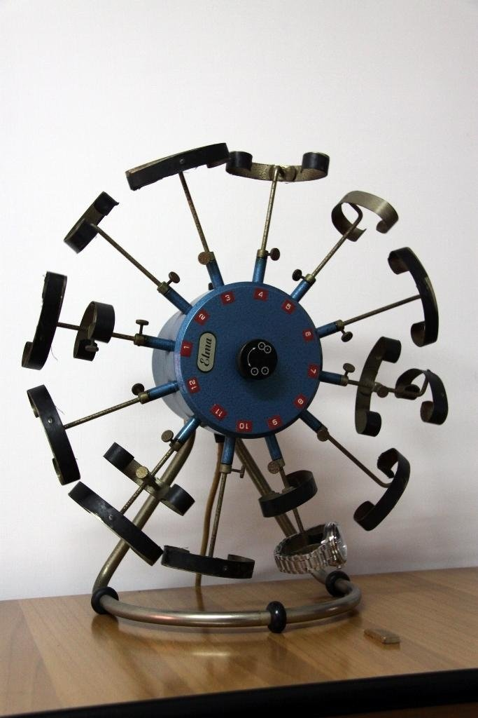Strumenti per manutenzione orologi