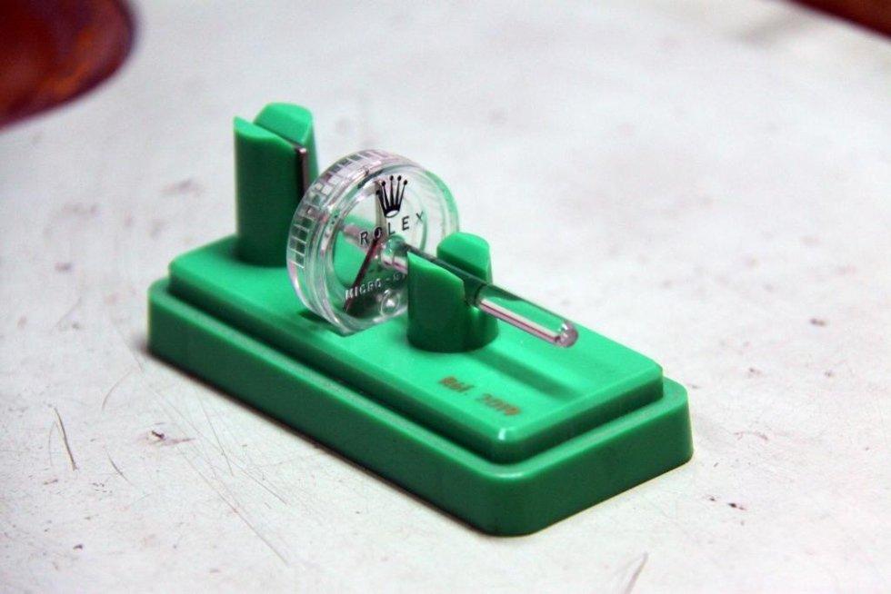 attrezzature per riparazione porologi