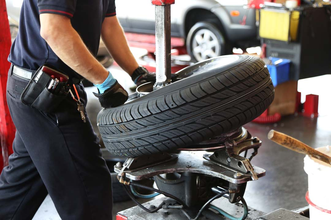 rotate tyres