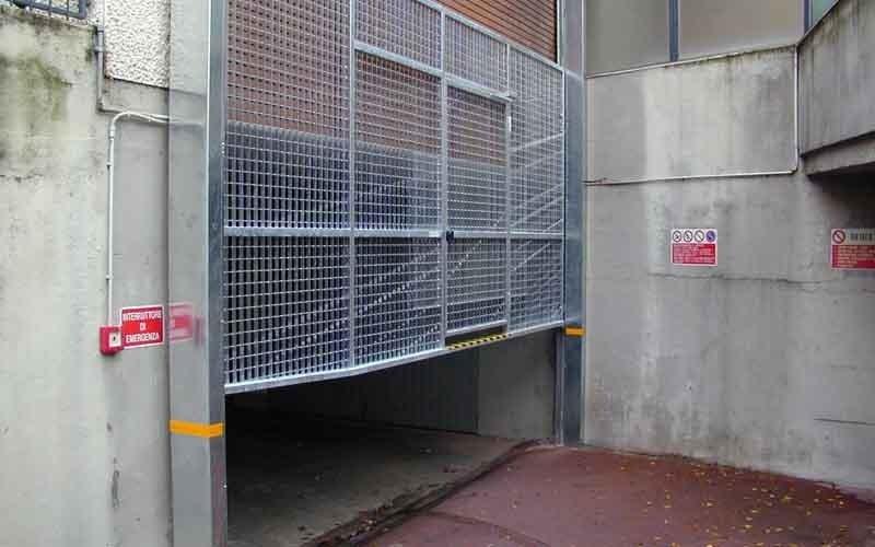 cancello particolare elettrico verticale