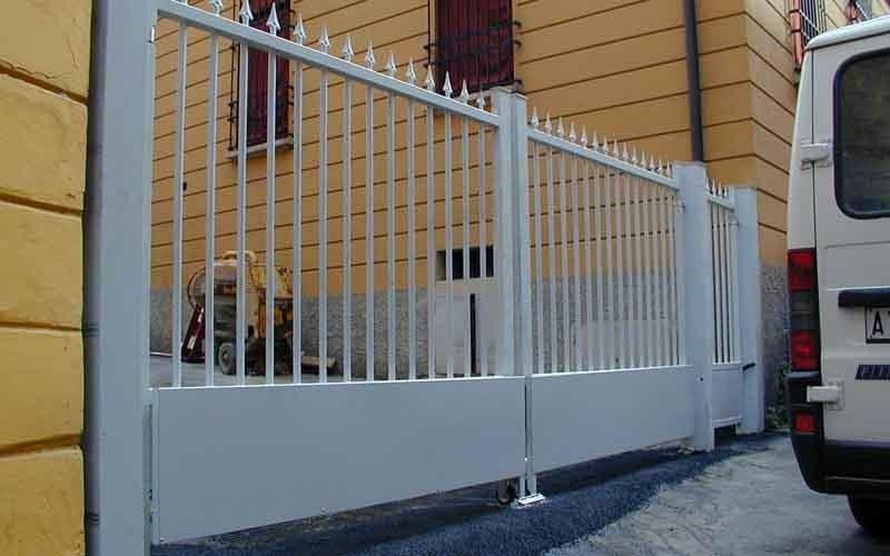 cancello casale