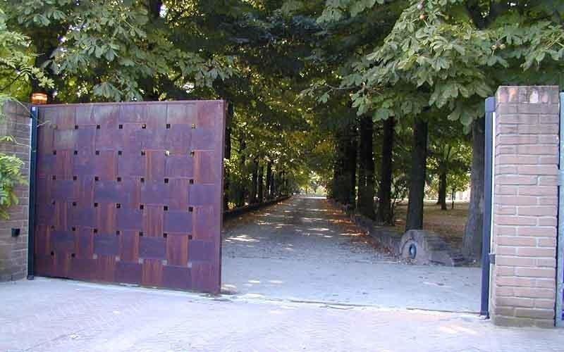 cancello lavorato