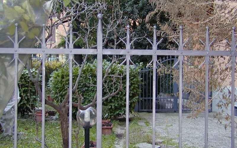 recinzioni a sbarre verticali