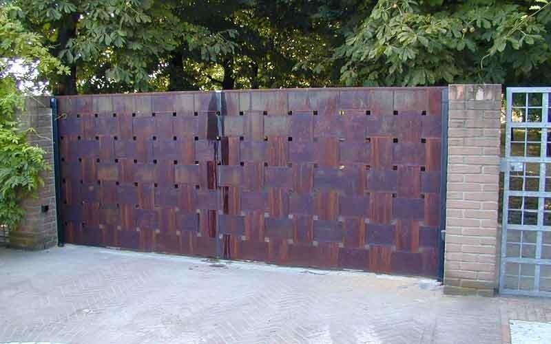 cancello lavorato chiuso