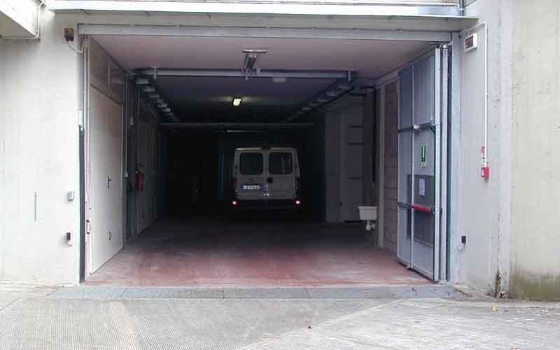 cancello particolare garage