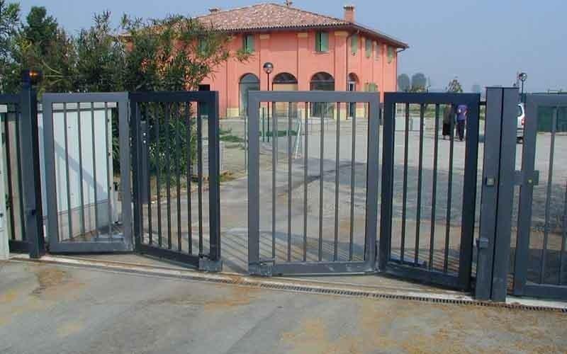 cancello scorrevole in azione