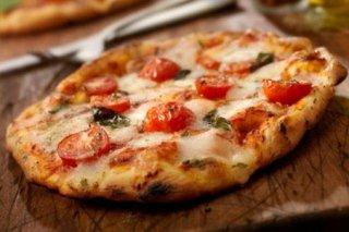 pizza al ciliegino