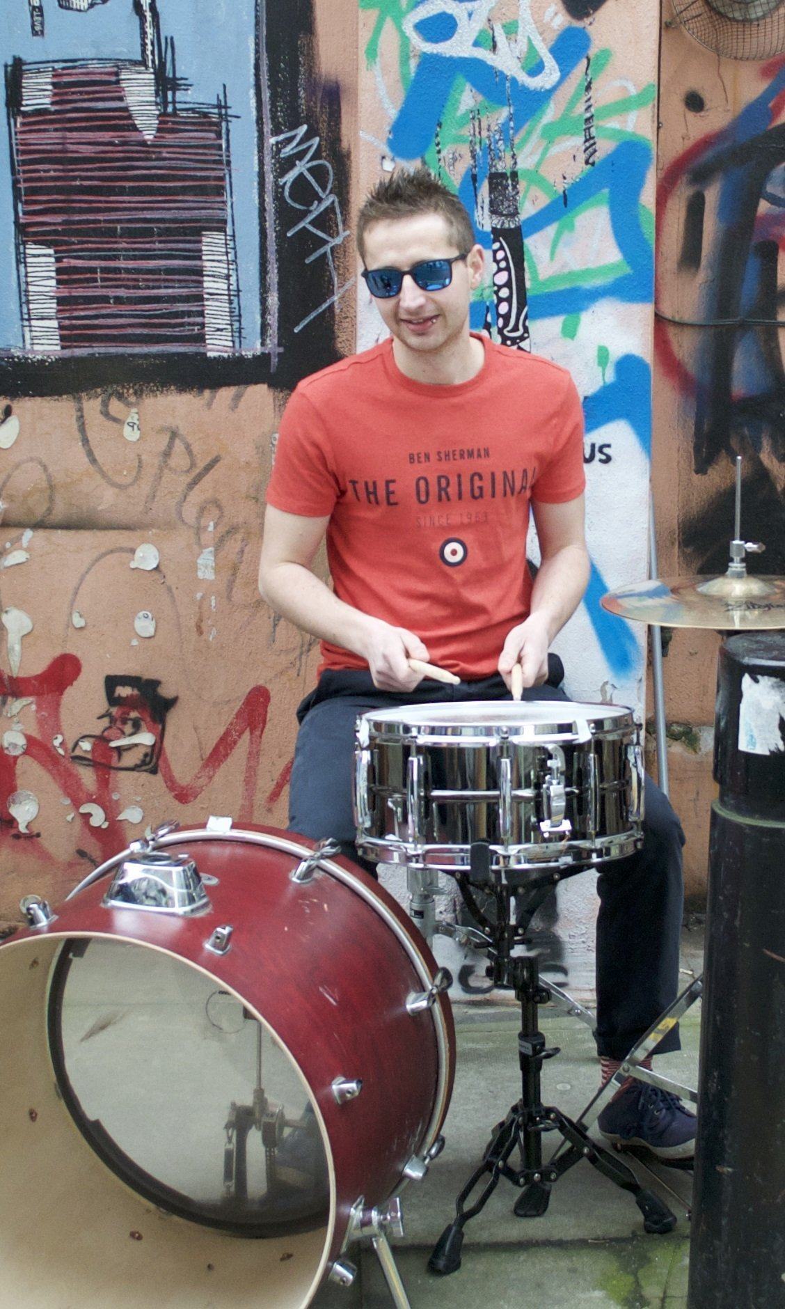Experienced drummer