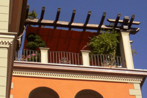 Tenda orizzontale su terrazza