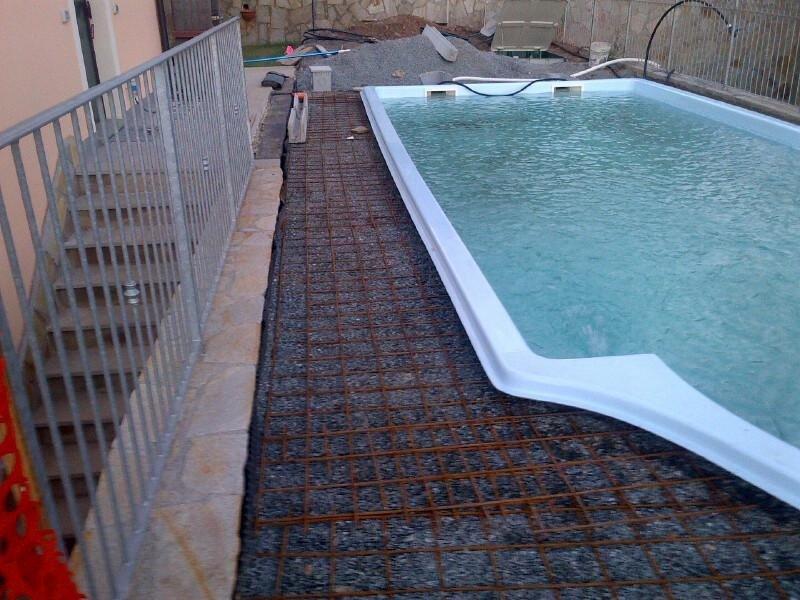 liguria verde posa piscina