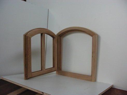 finestra ad arco, finestra in rovere, finestra in legno