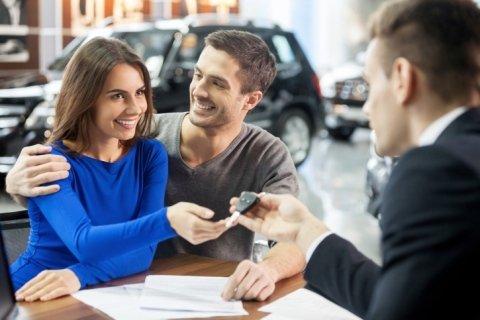 consulente finanziari leasing auto