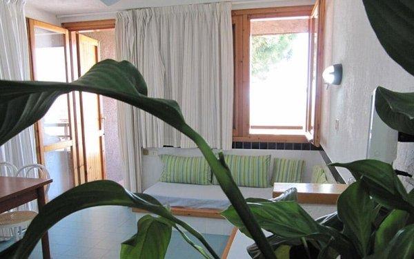 Sala monolocale Cugnana Verde