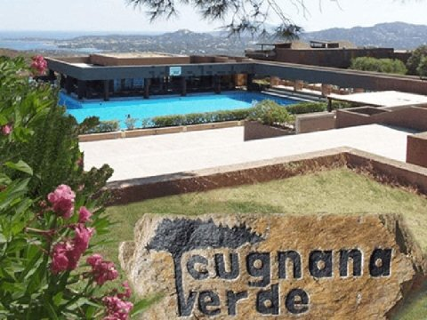 Cugnana Verde Residence apartments