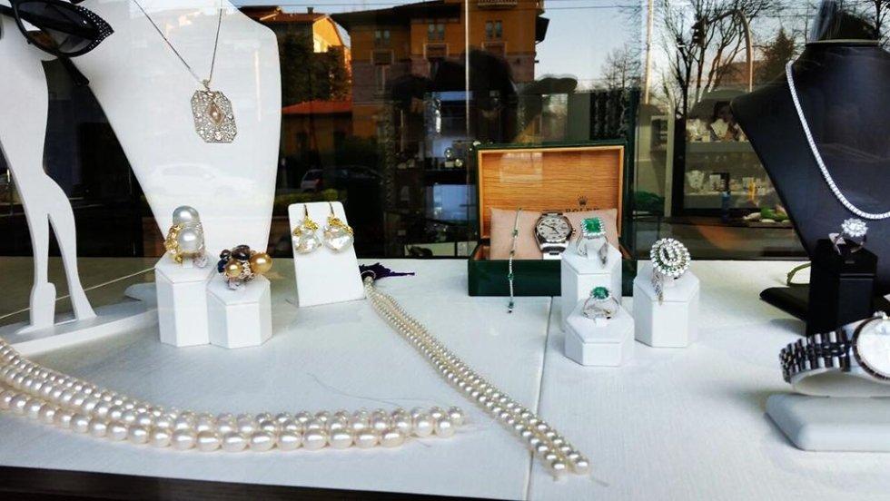 collane in oro e perle
