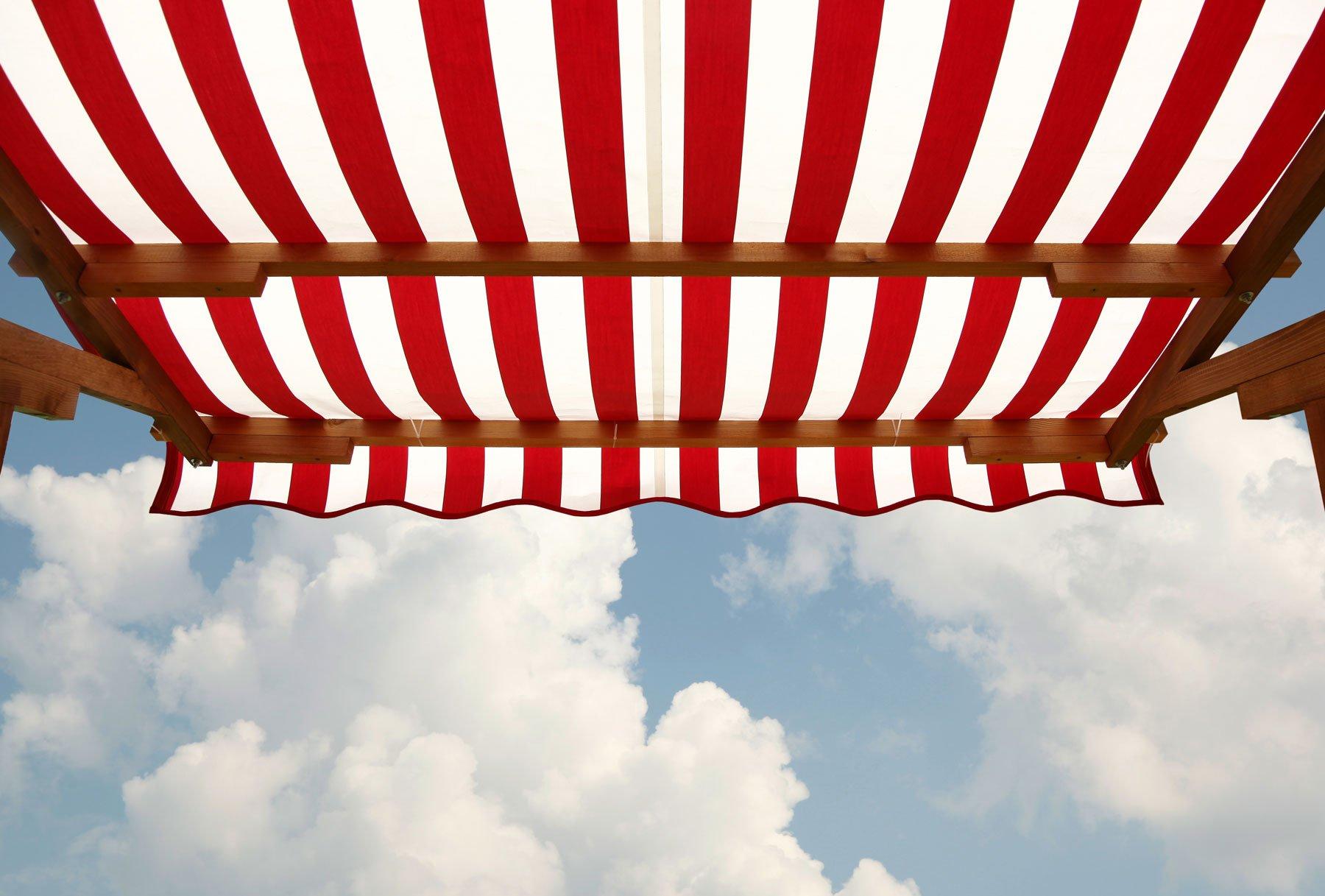 tenda da sole rosso e bianco