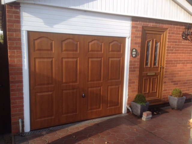 Emergency Garage Door Repairs In The Coventry Area