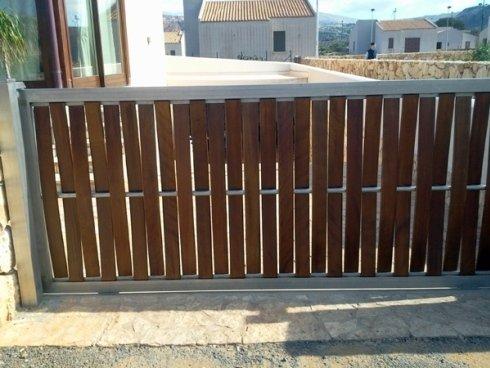 Doghe In Legno Per Cancelli : Doghe di legno per cancelli legno da esterno materiali per il