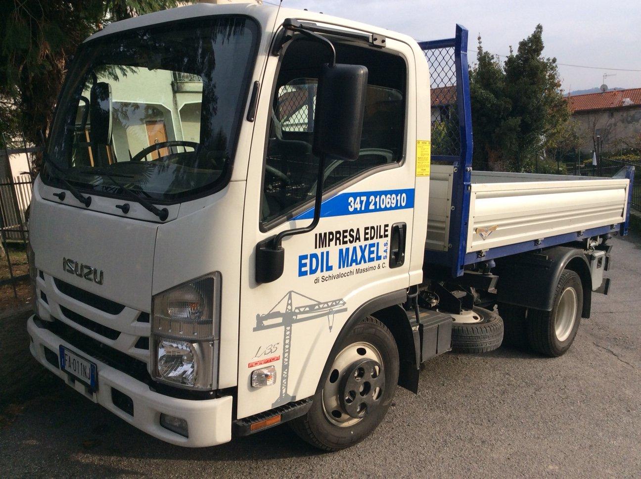 camioncino con insegna