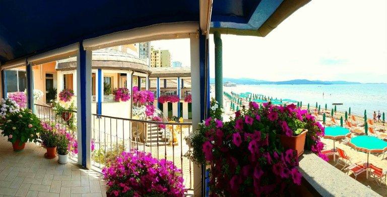 hotel orchidea scorcio sul mare