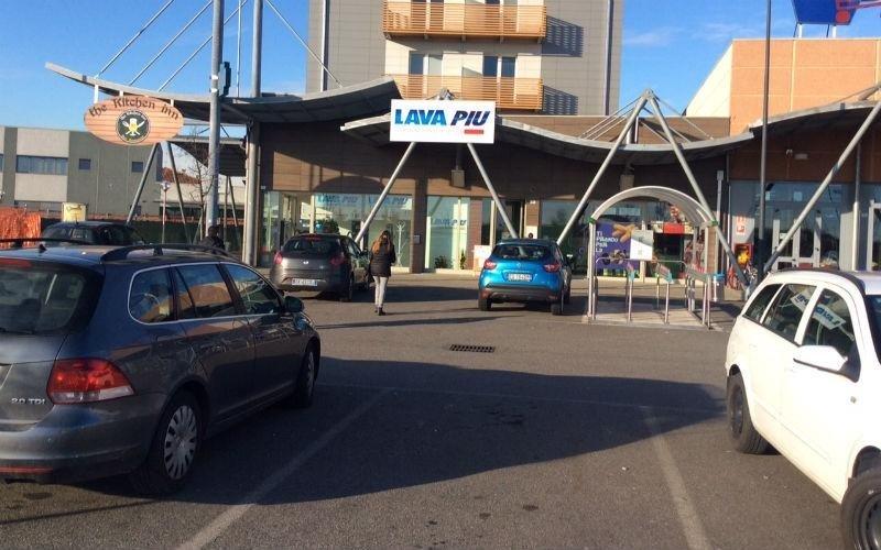Parcheggio farmacia