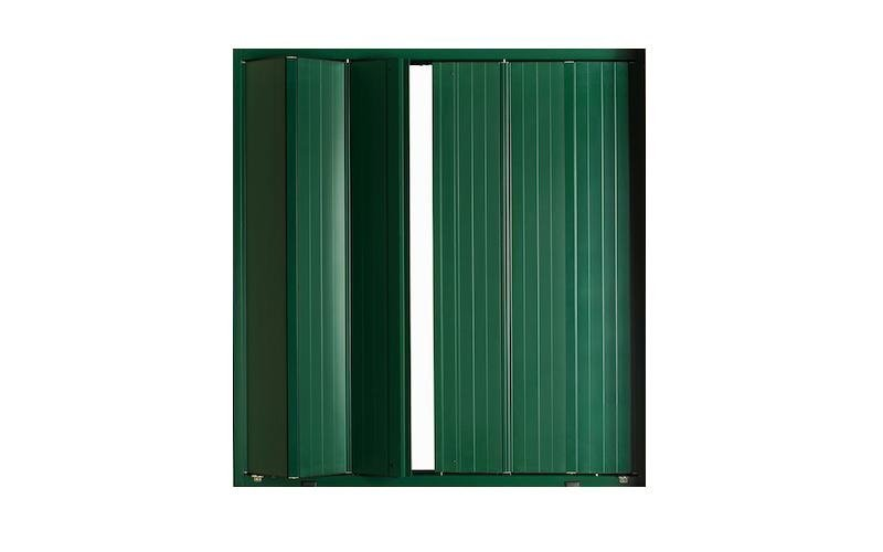 Grüne Faltjalousie mit Aluminium-Lamellen