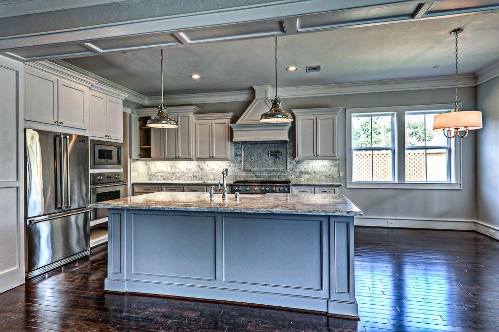 custom home builders houston