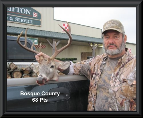 David Stewart at 13th position in the big buck contest 2015 in Clifton, TX