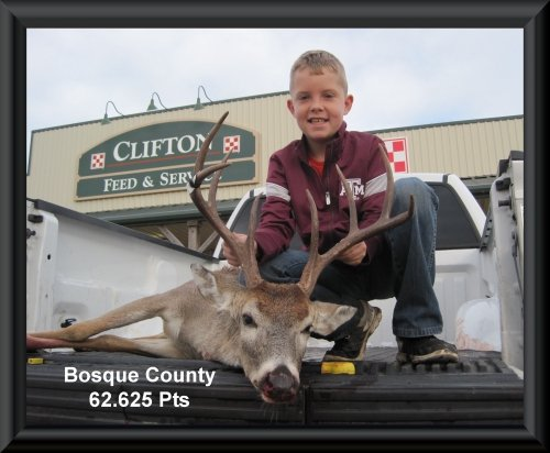 James Liardon at 17th position in the big buck contest 2015 in Clifton, TX