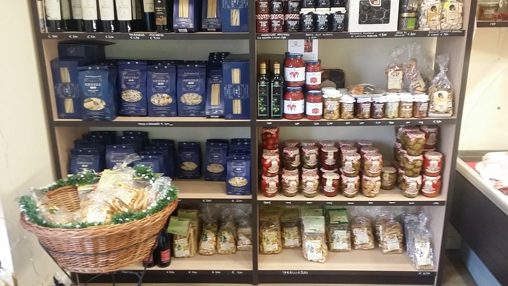 Prodotti di qualità a Caseificio Il laboratorio della mozzarella a Zibido San Giacomo
