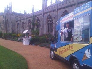 mini food truck van