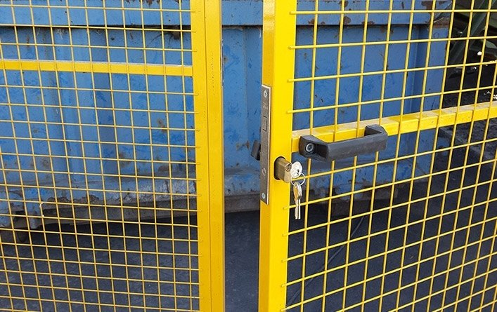 recinzione perimetrale in ferro