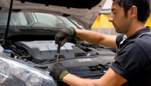 Riparazione carrozzeria veicoli