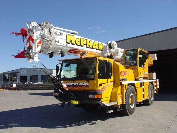 crane yellow truck