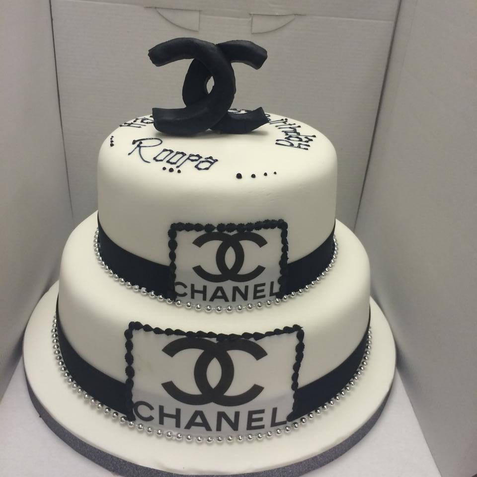chanel cake icing