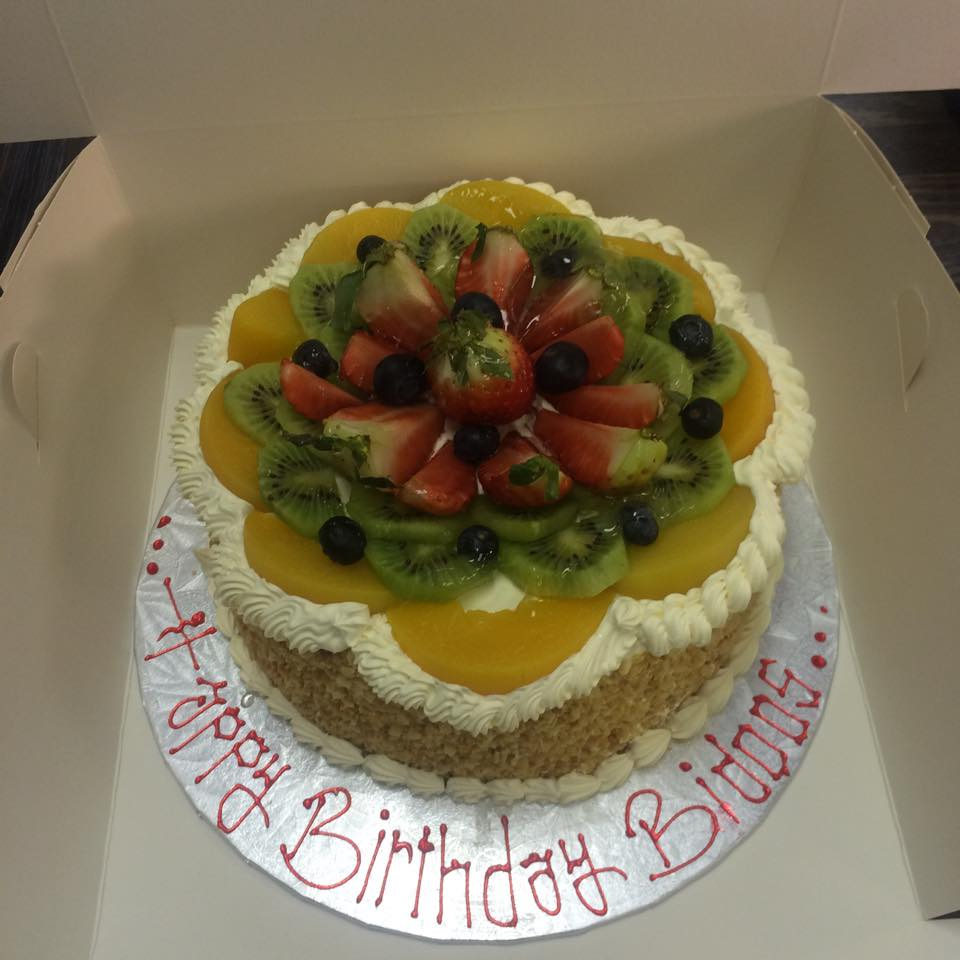 berry kiwi cake