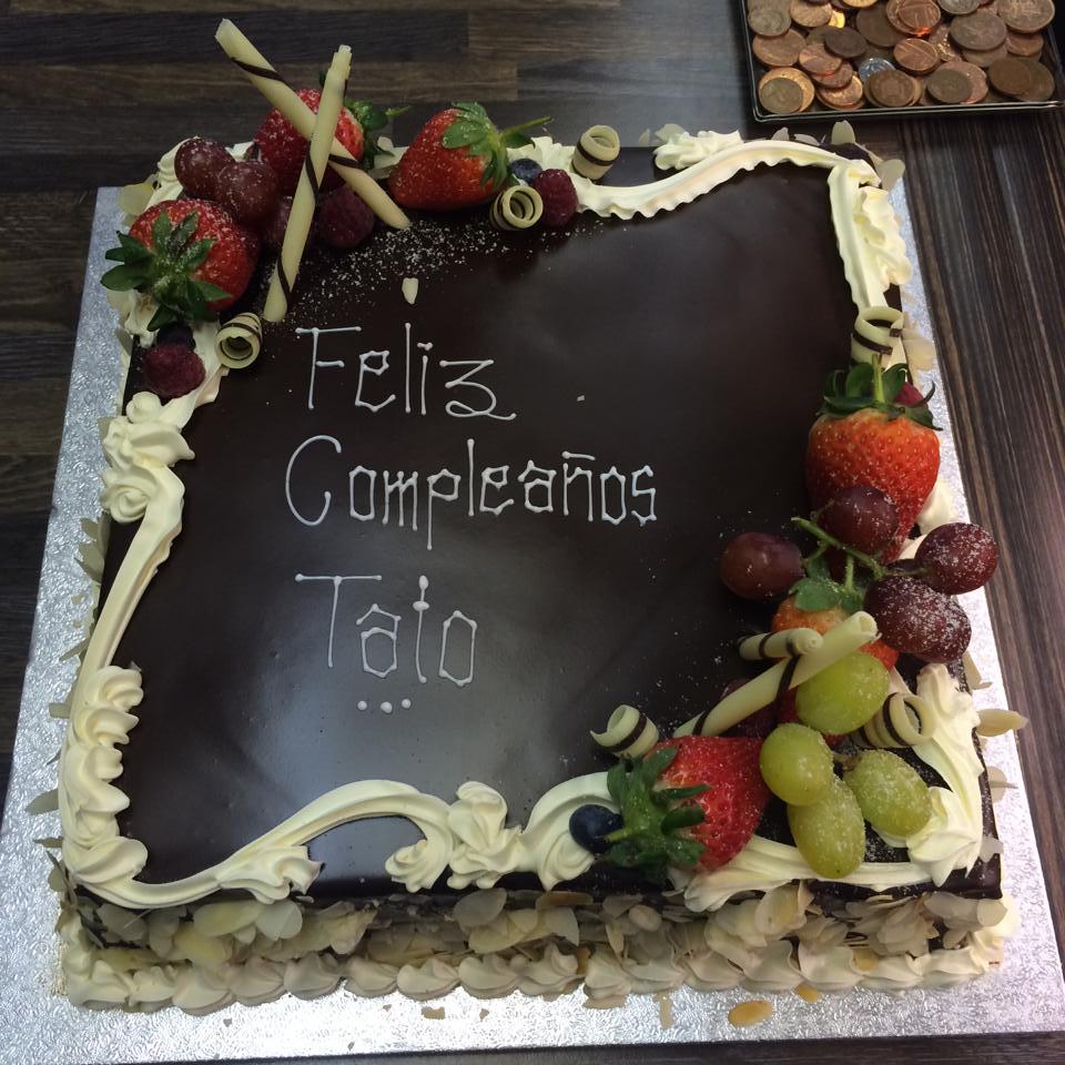 framed cake