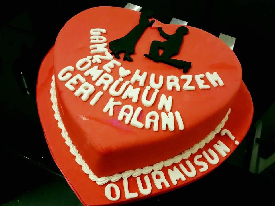 love cake icing