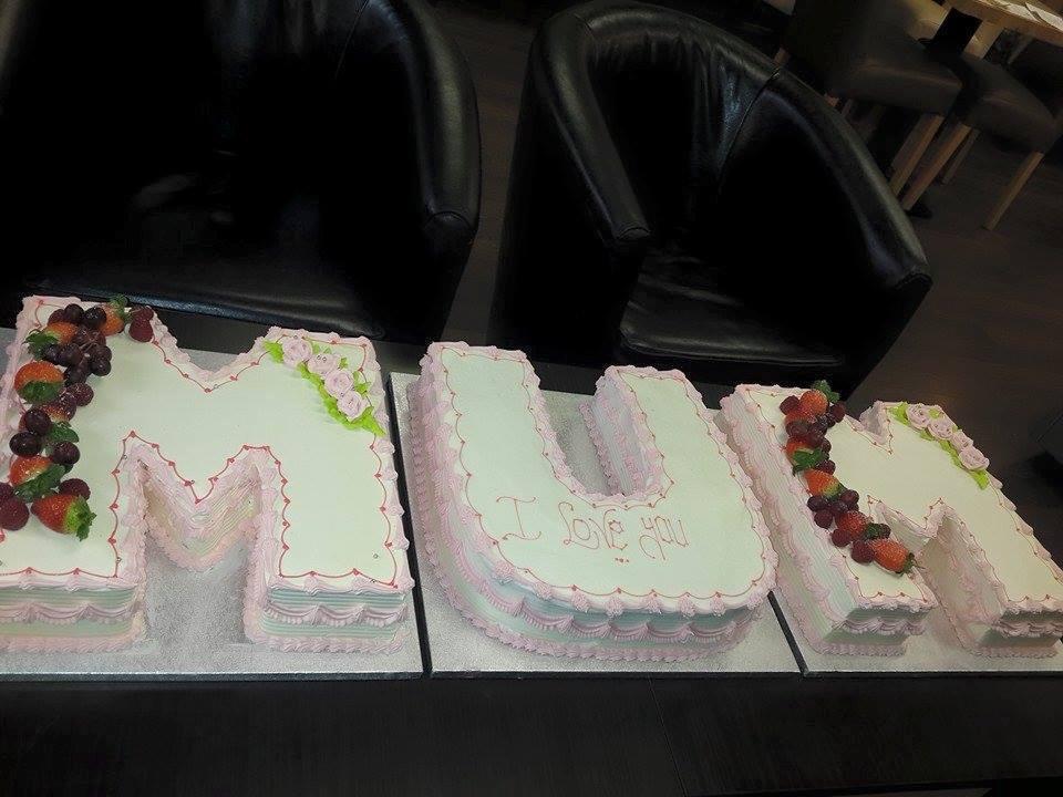 mum shape cake