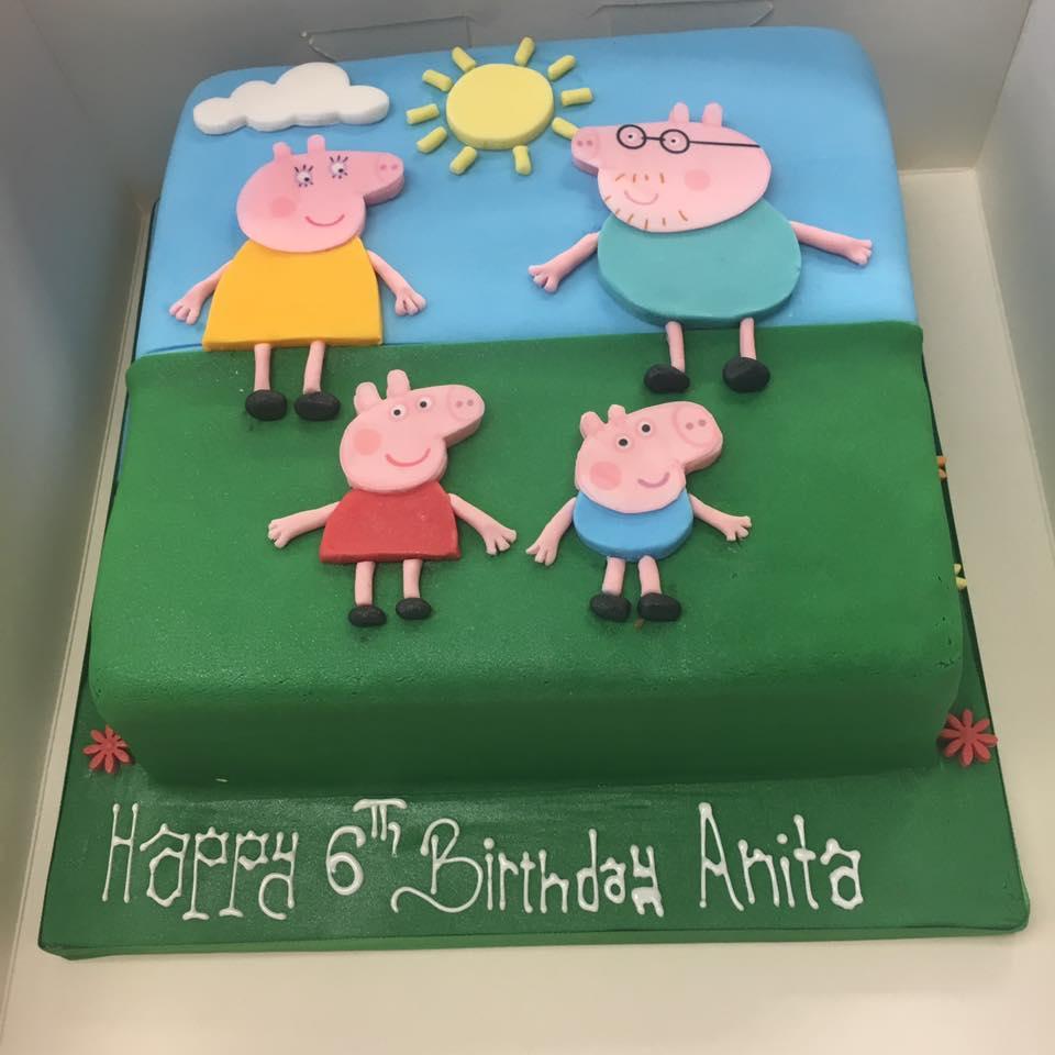 pig family cake