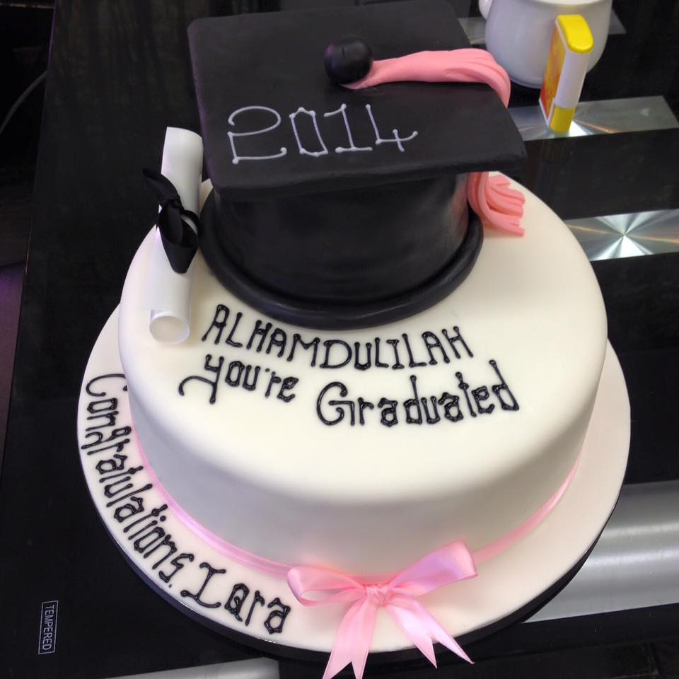 graduate cake icing