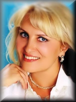 SWEET RUSSIAN WOMAN.