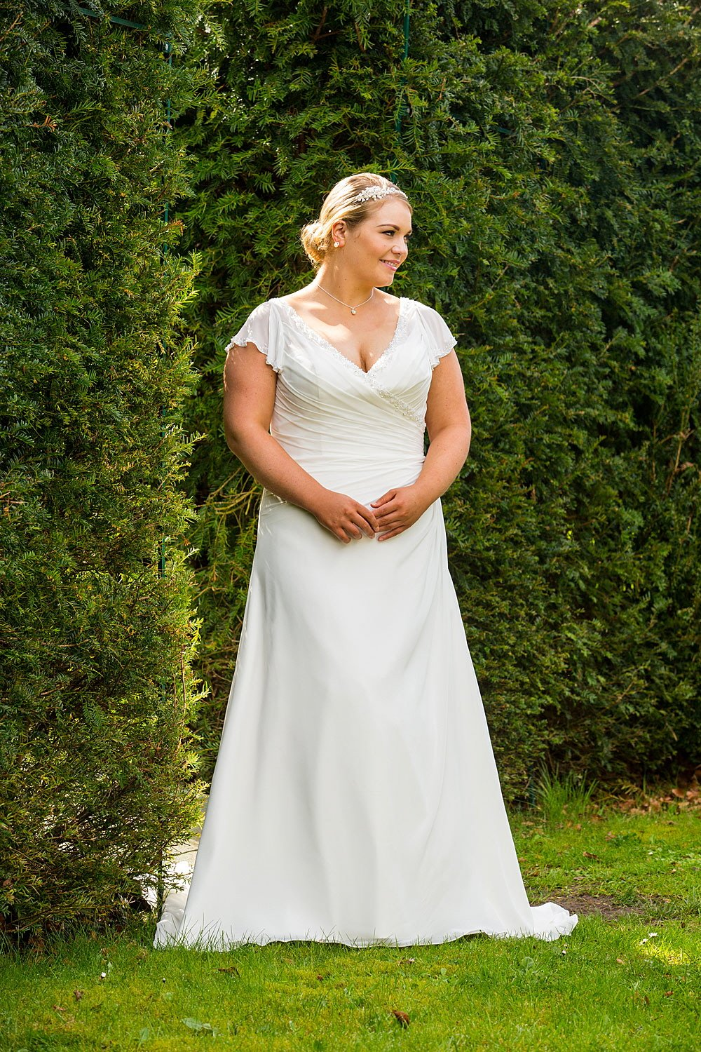 Wedding dresses for the fuller figure in derry northern for Wedding dresses northern california