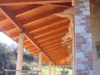 installazione tettoie in legno