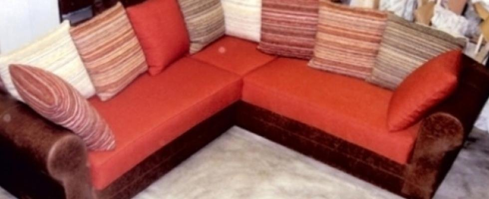 divano arancio