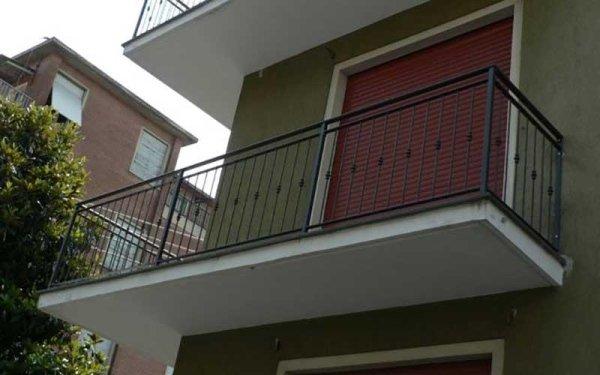 barriere balconi in alluminio
