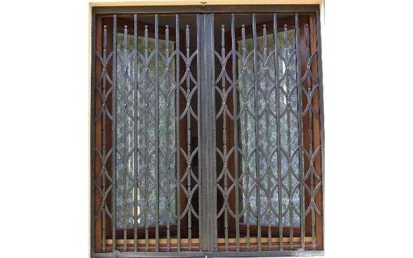 inferriate estensibili finestre