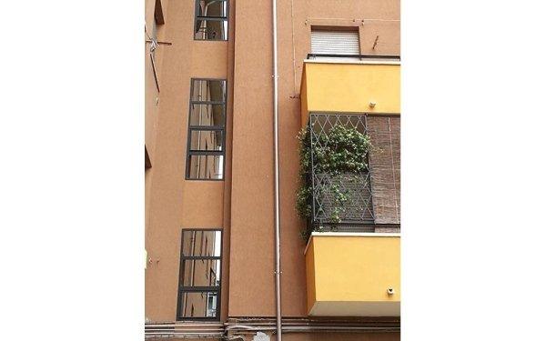 installazione vetrate palazzo