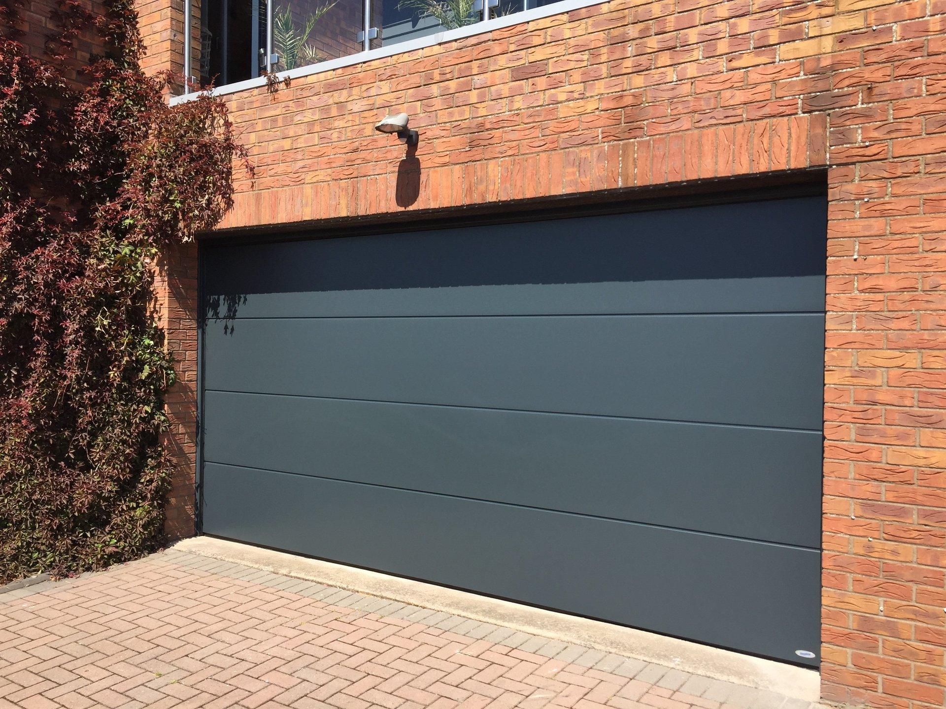 New garage shutter