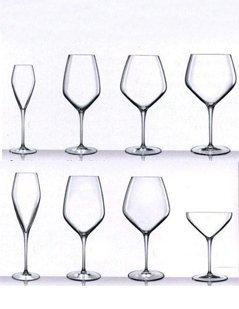 set di calici, calici di vetro, bicchieri di vetro, bicchieri